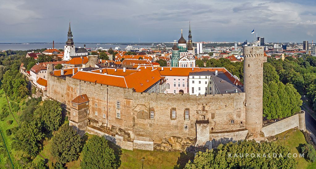 Pikk Hermann ja Toompea loss