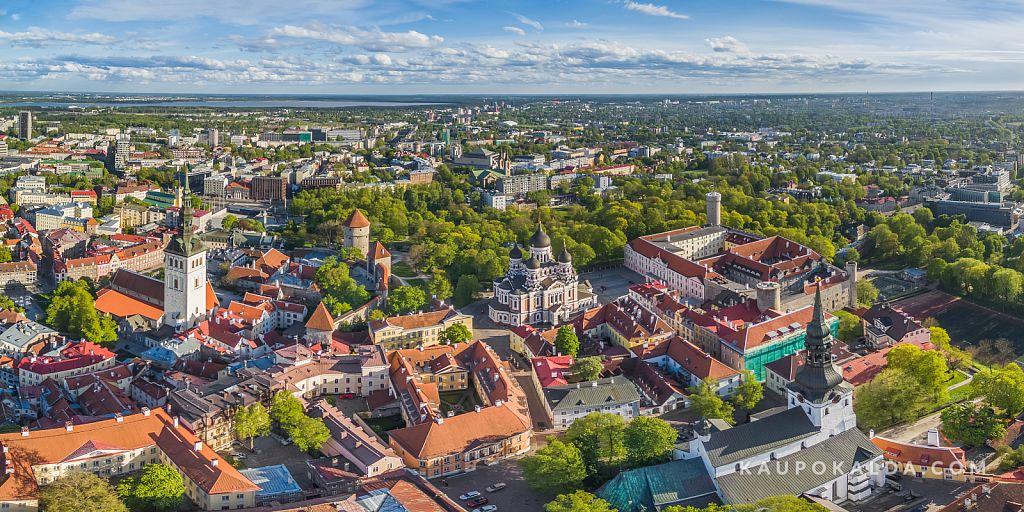Vanalinna ilu koos Nevski katedraaliga