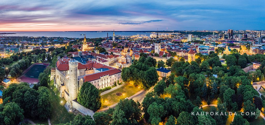 Öine Toompea loss ja vanalinn