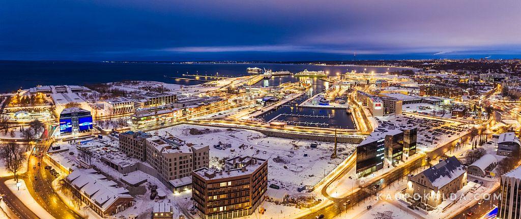 Talvine sadamaala öös
